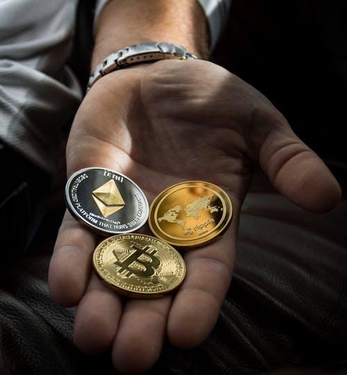 ビットコインの意見:将来性、仕組み